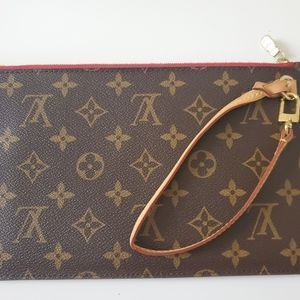 LV Neverfull Pouch